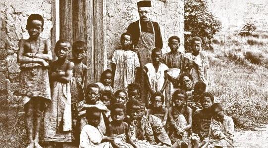 O. Beyzym wsrod dzieci tredowatych