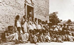 O. Jan Beyzym wśród trędowatych kobiet