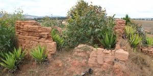 Ruiny leprosorium w Ambahivoraka3